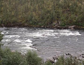 Upper end of Skookum Rapids